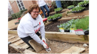 Aramark Salutes Thousands Of Employee Volunteers During Volunteer Month