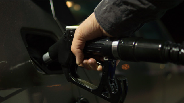 Gas prices dropping slowly in California