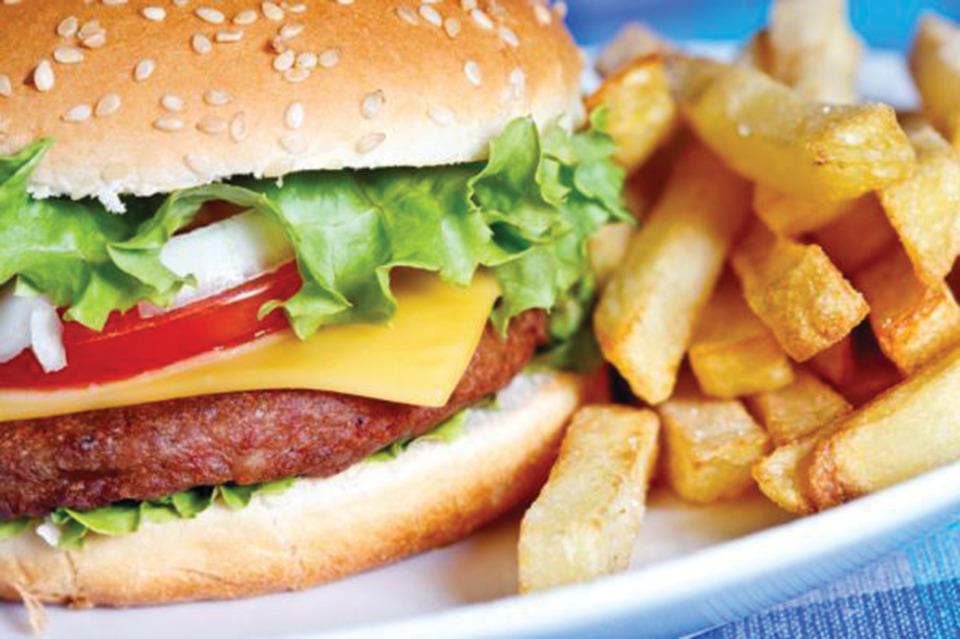 Many Fast Food Restaurants Wont List Calories On Menus Until Mandated