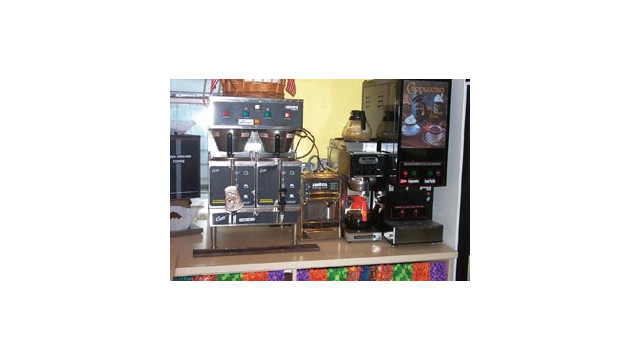 karsaycoffeebuildsonitsfoodser_10273345.jpg