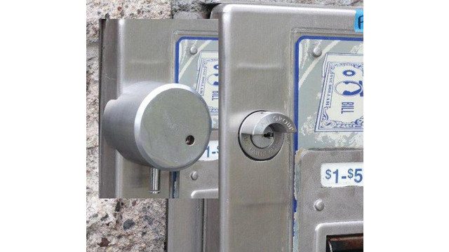 lock_10368912.psd