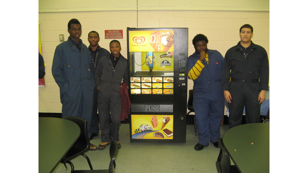 Students At Philadelphia Schools Vending Repair Program