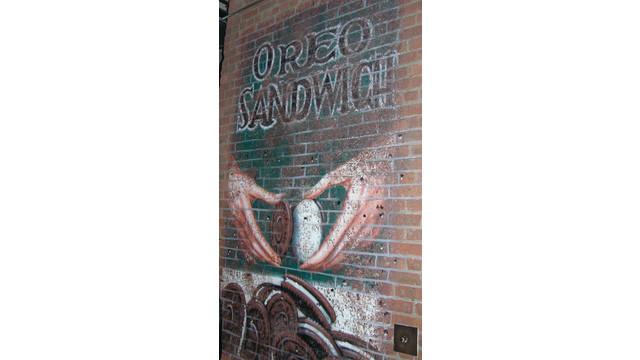 oreo-ad-chelsea-market_10841938.psd